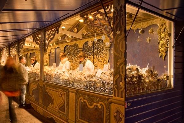 Stand de Mireille Oster au marchée de noël